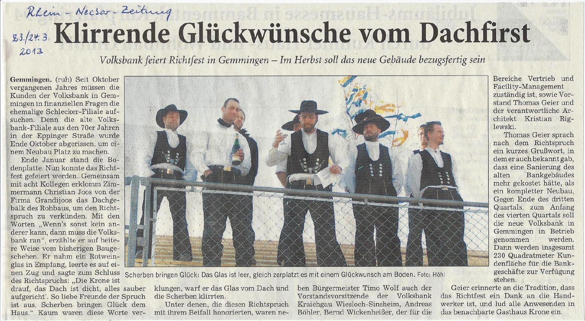 Grandi Joos – Klirrende Glückwünsche vom Dachfirst (Volksbank Gemmingen)